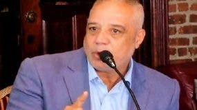 """""""Si sumamos los poderes gratuitos, pasaje, estadía en el país caribeño, tiempo dejado de trabajar, podemos afirmar que al dominicano obtener los poderes aquí podría estar ahorrándose sobre los dos mil dólares (equivalente a más de 100 mil pesos dominicanos)"""", explicó Tamayo Tejada."""