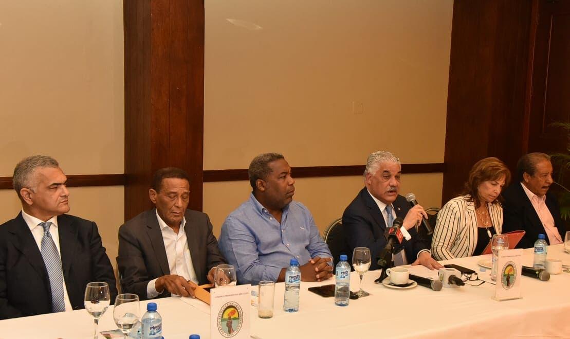 El PRD crea comisión para ajustarse a estatutos de Ley de Partidos