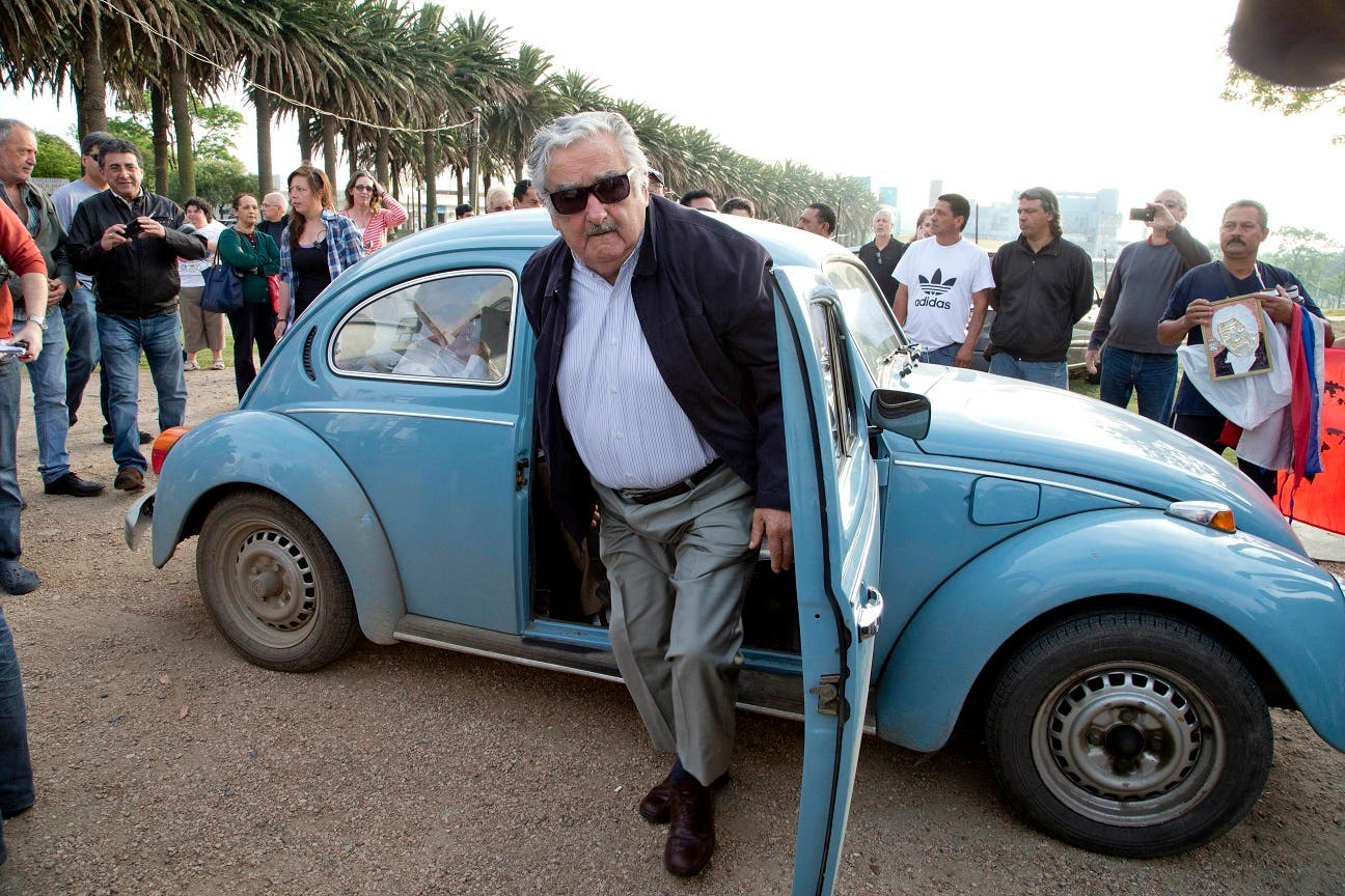 José Mujica dejó el Senado para deshacerse de las limitaciones impuestas por la responsabilidad del cargo y para abrir también espacio para las nuevas generaciones.