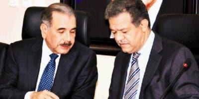 El presidente Danilo Medina y el expresidente Leonel Fernández han agudizado sus diferencias sobre diversos temas.  archivo