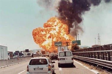 Explosión en carretera italiana deja al menos 56 heridos
