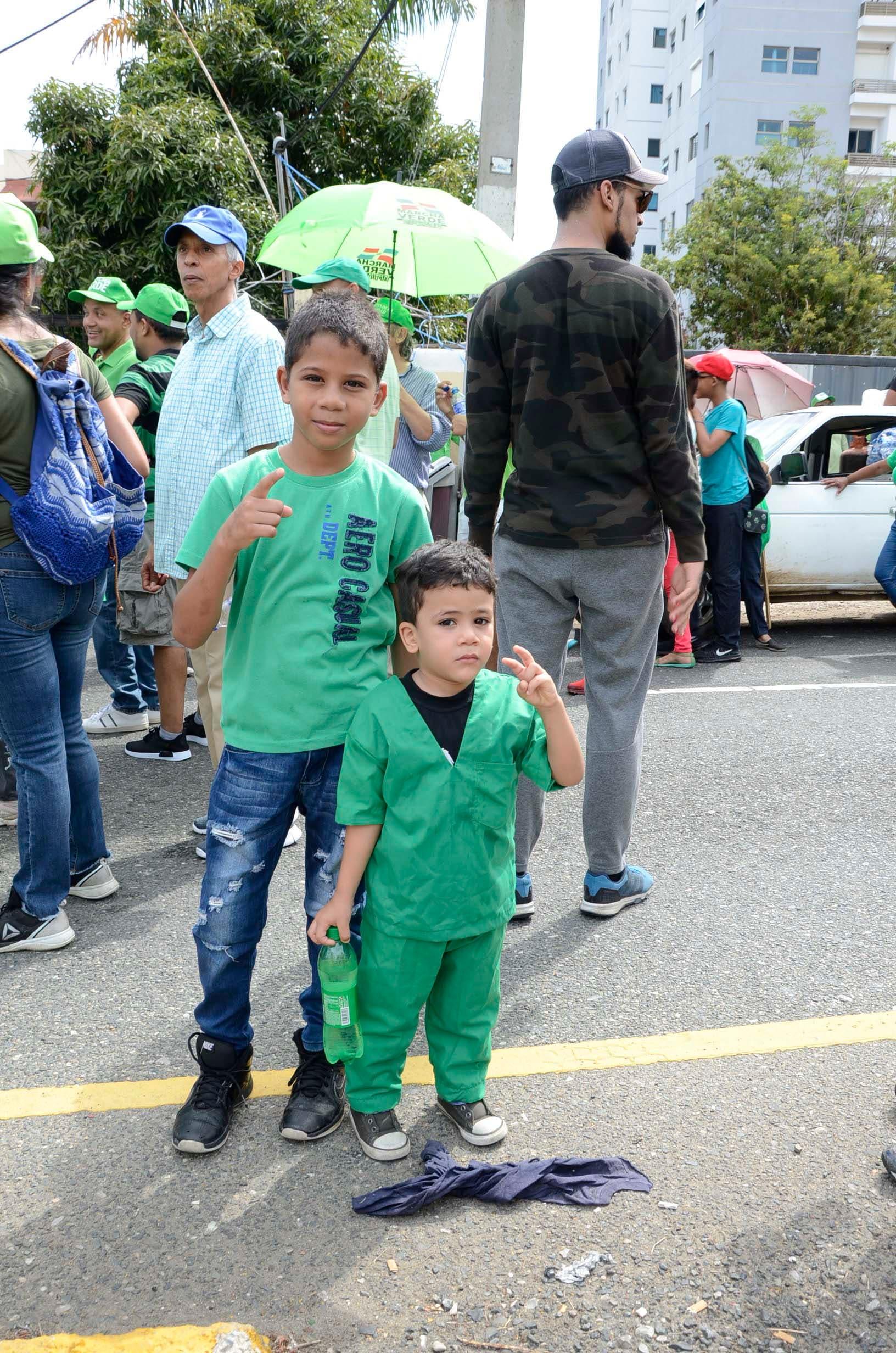 12. Niños, envejecientes y personas de todos los estratos sociales se unieron a la marcha del millón. Foto: José De León