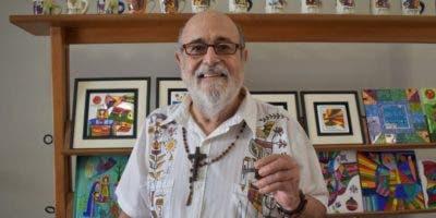 Llort fue el creador de unos vistosos mosaicos que adornaron entre 1997 y 2011 el frontispicio de la Catedral Metropolitana de San Salvador.