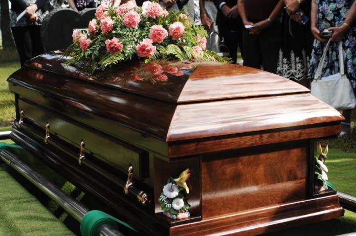 Mueren nueve personas intoxicadas tras consumir una cena en funeral en Perú