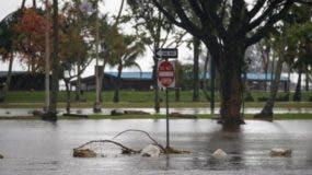 Lane continuará presentando numerosos peligros en algunas partes de las islas durante el fin de semana.