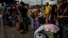 """Naciones Unidas tiene """"preocupación"""" por los altos números de personas que están abandonando Venezuela."""