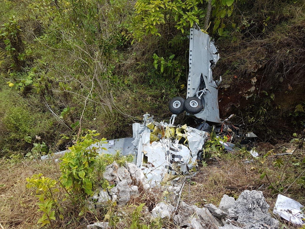 Cae avioneta de la Fuerza Aérea con dos ocupantes en Elías Piña