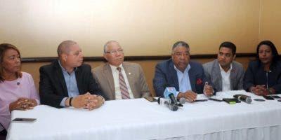 Secretarios de asuntos municipales de partidos mayoritarios.