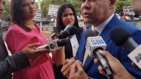 Ruddy González acudió hoy a la Suprema Corte de Justicia.
