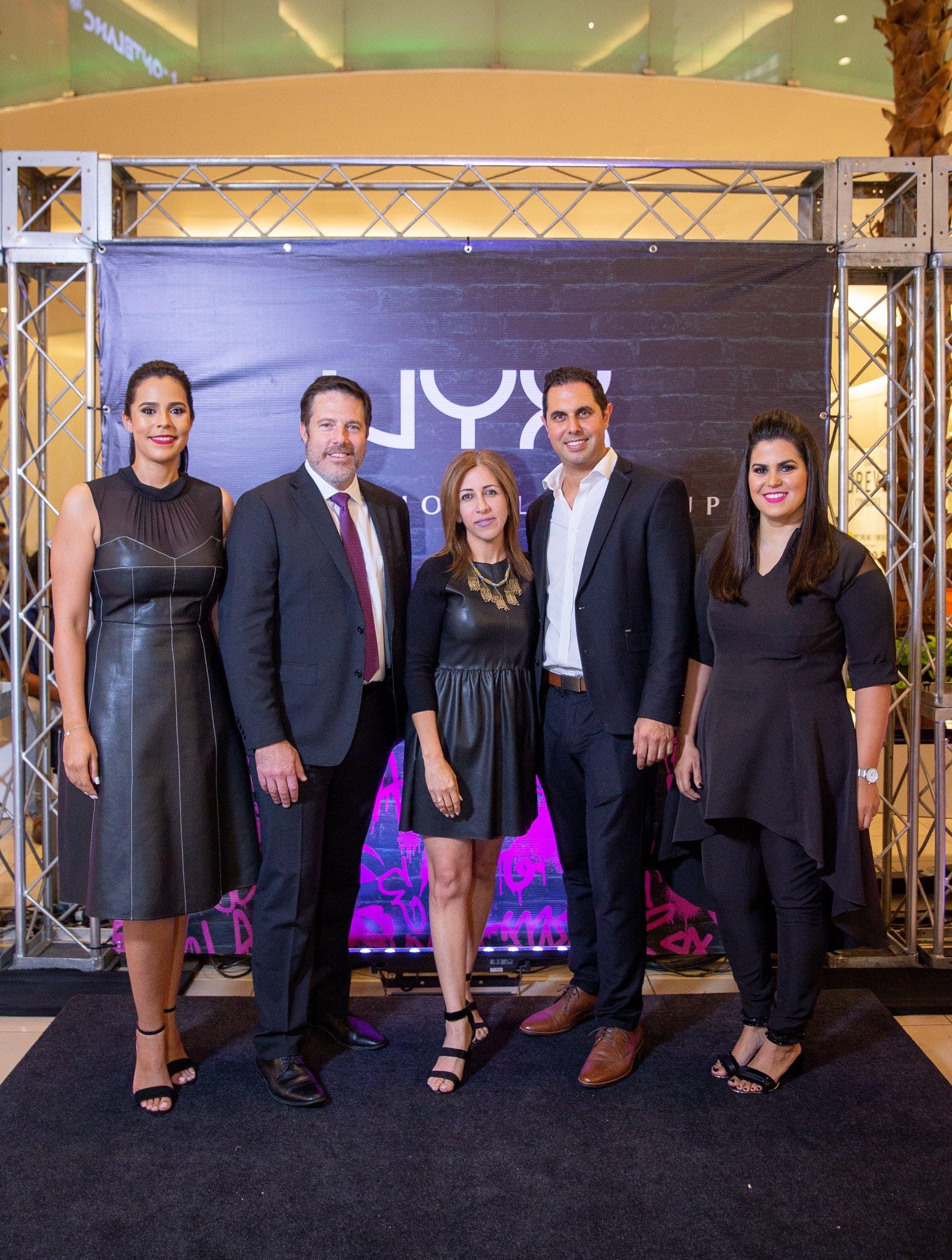 Marlene Mendieta, Dave Hughes, Barbara Coto, Rafael García y Paola Fabián.