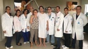 Paciente de ECMO tras su recuperación en el centro de salud.