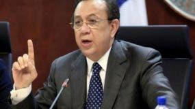 Héctor Valdez Albizu, gobernador del Banco Central.  archivo