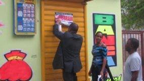 Ministerio de Hacienda ha cerrado bancas ilegales.  archivo