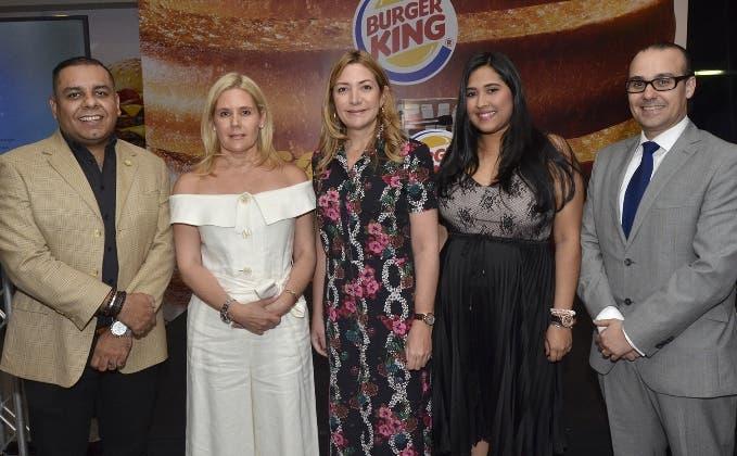 Octavio Callejas, Margarita Turull, Isabel Turull, Alexandra Bodden y David García.