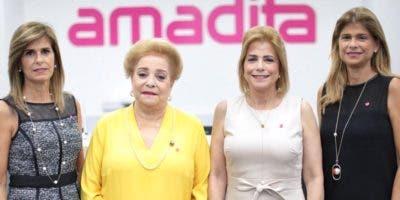 Jackeline González, Amada González de Pittaluga, Patricia González y Pilar González.