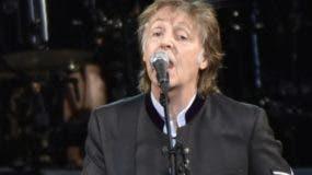 Paul McCartney cantó de sorpresa en el Central Park.