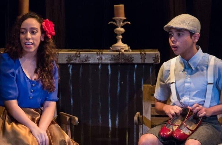 """""""La Zapatera"""",  del Grupo Teatro Juvenil Cúcara Mácara."""