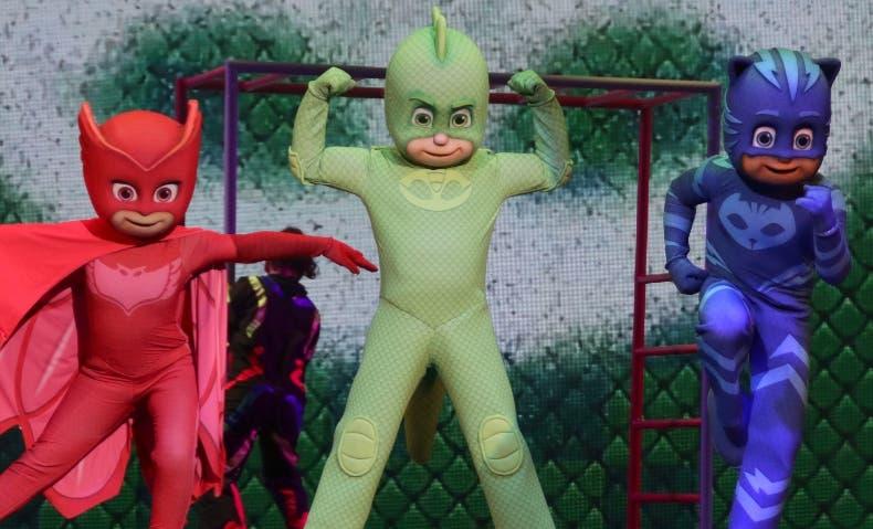 Catboy, Gekko y Ululet,  protagonizan la serie.