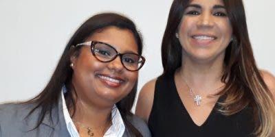 Gabriela Santana y  Ana Simó.