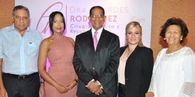 Leandro Lozada,  Lourdes Rodríguez, Héctor Rodríguez Pimentel, Michelle Selman y Zoila Martínez de Medina, en la inauguración del centro.