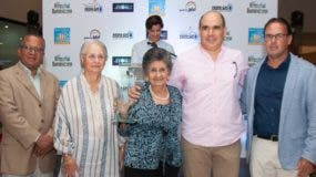 Francisco Núñez, Rosa María Bonetti de Santana, Idelisa Bonnelly de Calventi, Rubén Torres y José Alejandro Álvarez.