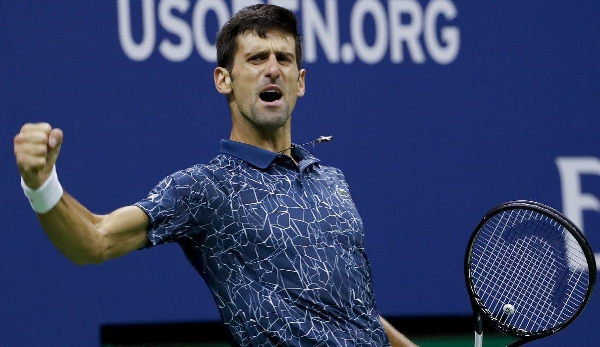 Novak Djokovic hace un gesto de satisfacción luego de vencer a Juan Martín del Potro.  AP