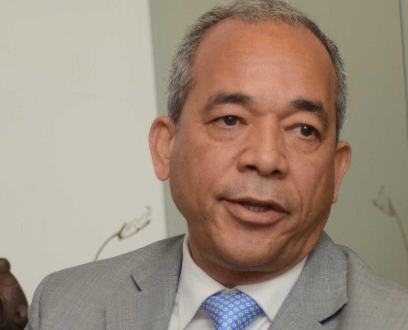 Rubén Bichara vicepresidente ejecutivo de CDEEE.