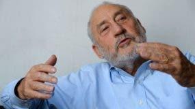 """Joseph Stiglitz cree que """"hay mucho optimismo irracional, tanto de parte de los prestatarios como de los prestamistas"""" de Argentina."""