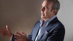 Luis Abinader afirma que el presidente  Medina debería poner atención a los economistas independientes.