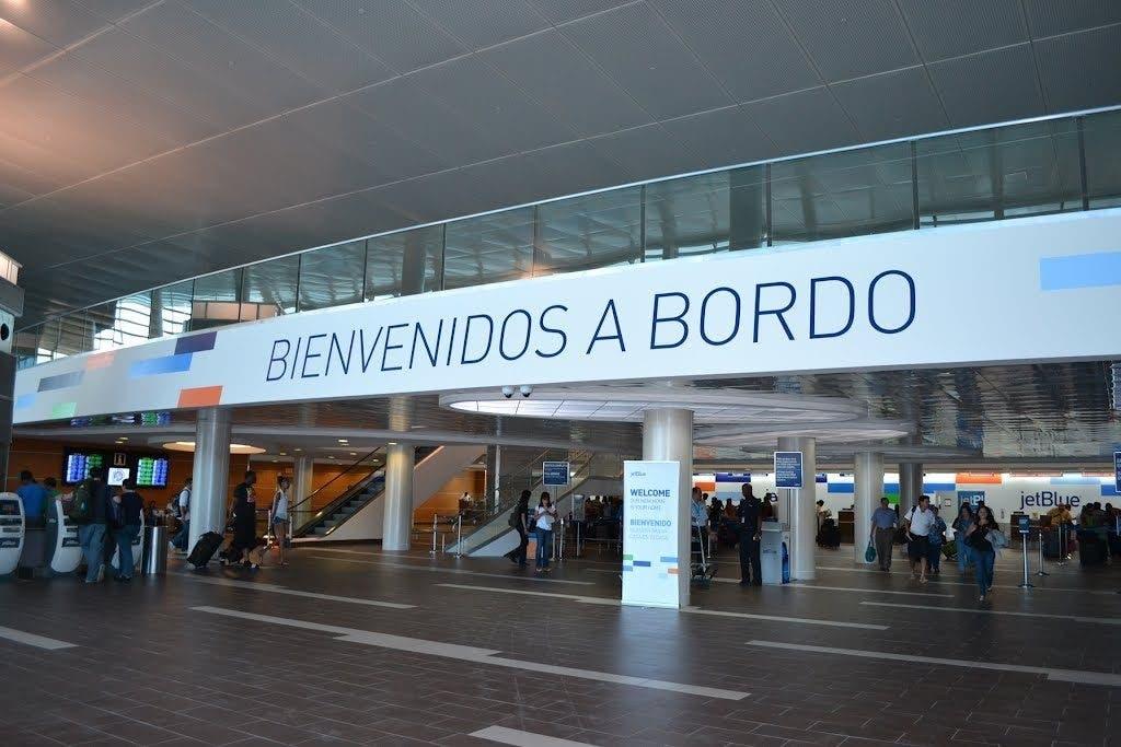 El dominicano  Juan Francisco Ávila fue apresado en Puerto Rico cuando se disponía a tomar un vuelo con destino a Punta Cana, República Dominicana.