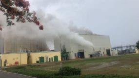 La planta de AES-Andrés está fuera de servicio desde el tres de septiembre debido a una avería.