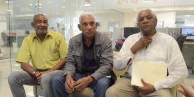 Los ingenieros Castillo Valerio, Domingo Rodríguez Tatis y Héctor González Vargas, en visita a la Redacción de El Día. Foto: Guillermo Burgos.