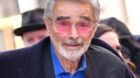 Burt Reynolds fue transportado a un hospital de Florida luego de un paro cardíaco.
