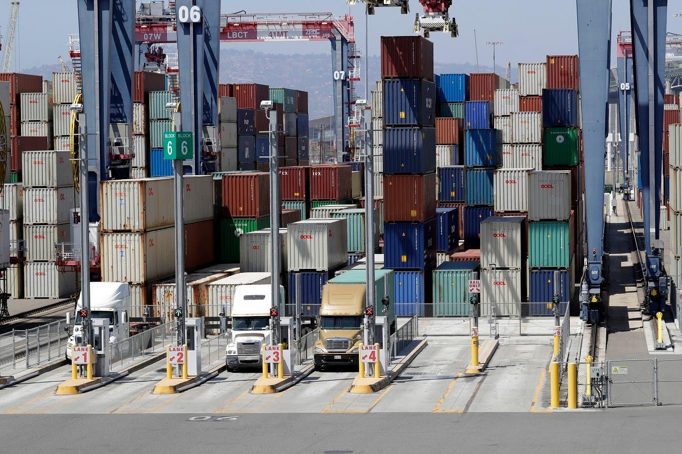 """El déficit con China, muy sensible políticamente por las críticas de Trump a las prácticas comerciales """"injustas"""" de Pekín, creció en el mes de julio un 10 %, hasta los 36.800 millones de dólares."""