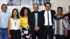 Parte del equipo que participó en la rueda de prensa para anunciar los preparativos de Edanco.
