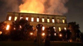 incendio-brasil-museo