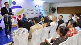 Abinader habló al dejar inaugurado el cuatrimestre septiembre-diciembre del Centro de Estudios de Políticas Públicas (CEP), que auspicia, y que imparte seminarios y cursos sobre diferentes políticas públicas que promueven el desarrollo y la gobernanza.
