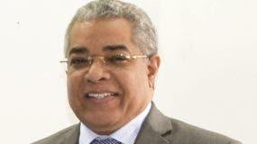 Luis Reyes, de Presupuesto.