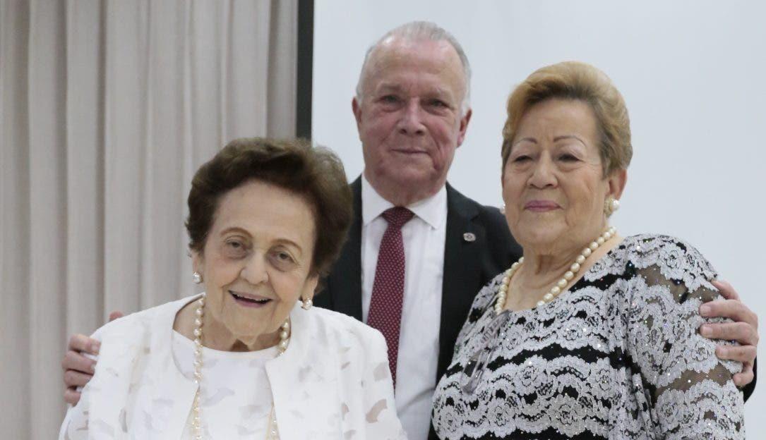 Mary Pérez viuda  Marranzini, Arturo Pérez y Mercedes Antonia Pérez.