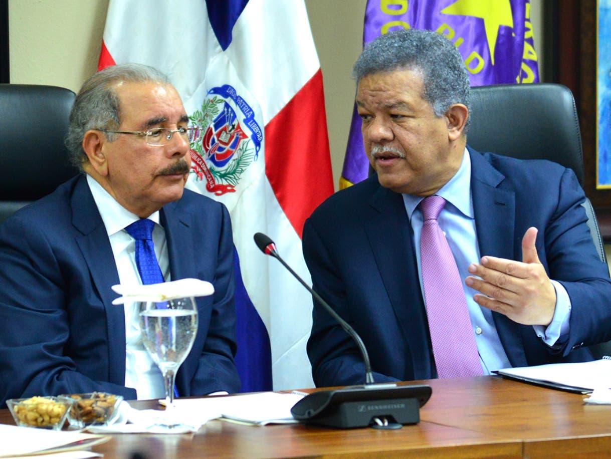 Danilo Medina y Leonel Fernández en la reunión del lunes del Comité Político.