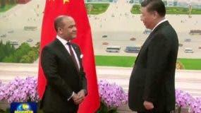 Briunny Garabito Segura entrega cartas credenciales al presidente de China Xi Jimping