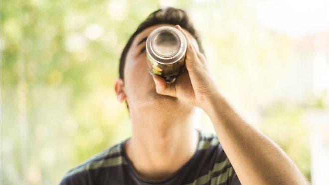 A pesar de algunos logros regionales, la OMS considera que los niveles de consumo de alcohol en el mundo continúan siendo inaceptablemente altos, particularmente en la región de Europa y Américas.