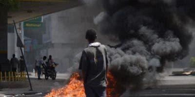 Los manifestantes salieron desde varios puntos de la capital y mientras marchaban entonaban canciones y pedían una investigación urgente sobre los fondos de Petrocaribe.