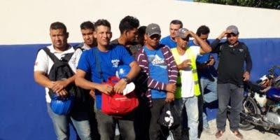 Venezolanos detenidos por Migración.