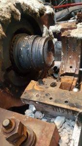 Una de las piezas dañadas de la planta AES Andrés.