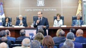 El Pleno de la Junta Central Electoral en audiencia pública.