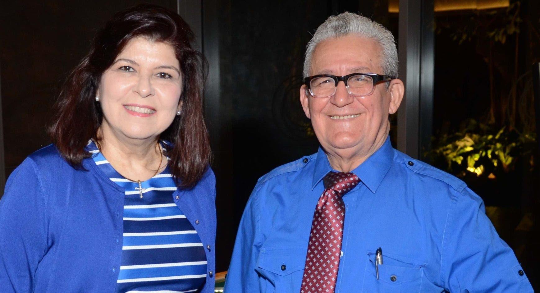 María del Pilar Rodríguez de Messina y Reginald García Muñoz