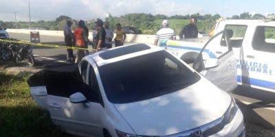 Vehículo en que se desplaza el abogado asesinado en la avenida circunvalación.
