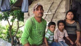 """""""Me decidí a irme porque aquí la pobreza está tremenda"""", dice José María."""
