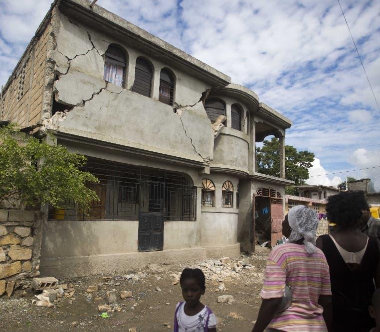 Haití sufrió daños en su infraestructura.